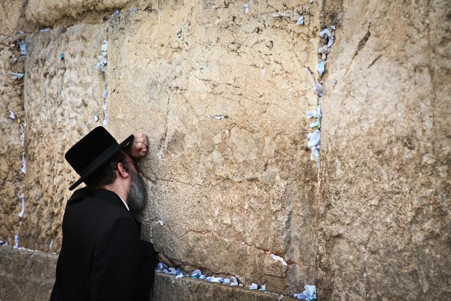 Heartfel prayer at the Western Wall Jerusalem, Tony Cece