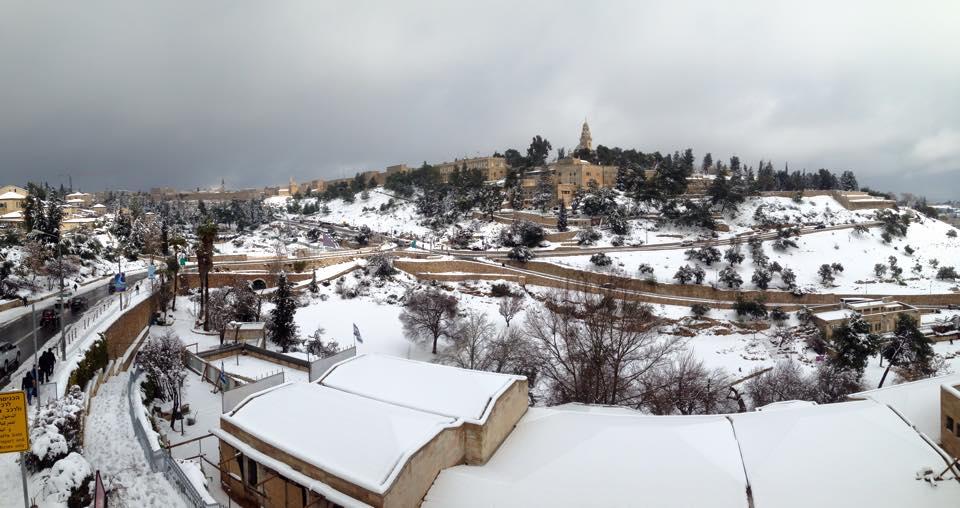 Jerusalén en blanco, por Yehuda Chamorro