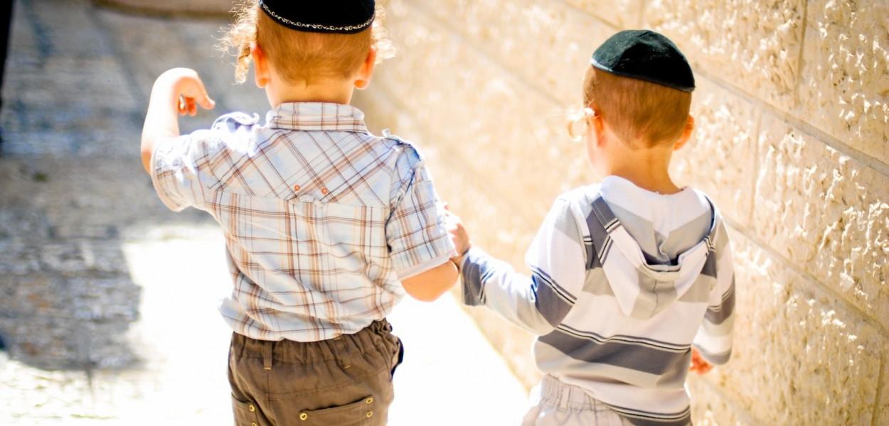 Hermanos en Jerusalén por Ale Barav